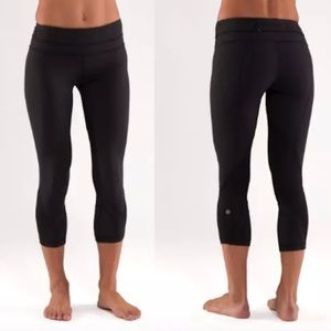 Lululemon Run Inspire Crop II Leggings Pants flaw*